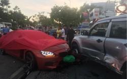 Xế hộp BMW tiền tỷ được phủ bạt, che biển số sau khi gây tai nạn liên hoàn ở Sài Gòn