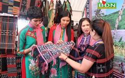 Hội thảo khoa học với chủ đề Văn hóa thổ cẩm các dân tộc Việt Nam