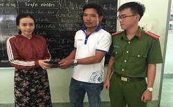Cô gái bất ngờ khi nhận lại túi xách trị giá 40 triệu đồng đánh mất trên đường