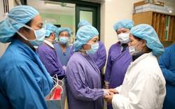 Hành động vô cùng ý nghĩa của Bộ trưởng Y tế ngày đầu năm 2019