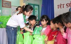 Khám tầm soát tim bẩm sinh và tặng 200 suất quà Tết cho trẻ em ở tỉnh Quảng Nam