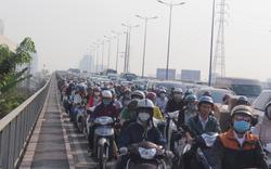 Cửa ngõ Sài Gòn kẹt xe nhiều cây số từ sáng đến trưa ngày cận Tết