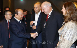 """Đối thoại với các tập đoàn toàn cầu, Thủ tướng: """"Hãy đến và tạo ra các sản phẩm 4.0 tại Việt Nam"""""""