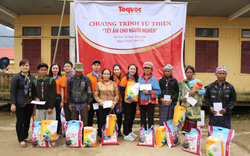 Hàng trăm suất quà ý nghĩa đến với đồng bào dân tộc Arem (Quảng Bình) nhân dịp Tết Nguyên Đán 2019