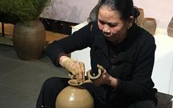 Giữ lửa lò gốm Hương Canh