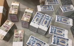 Dịch vụ đổi tiền lẻ đẩy giá 'lên trời' trước Tết Nguyên đán