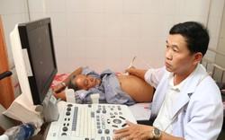 Khám và phát thuốc miễn phí cho người cao tuổi có hoàn cảnh khó khăn tại Đà Nẵng