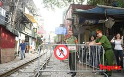 Hà Nội: Phố cà phê đường tàu bị phong tỏa