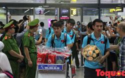 An ninh thắt chặt giữa đêm đón Đội tuyển Việt Nam trở về