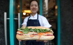 Báo Hongkong: Bánh mì kẹp Việt Nam