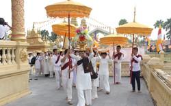 Lễ dâng y Kathina năm 2019 tại Làng Văn hóa - Du lịch các dân tộc Việt Nam