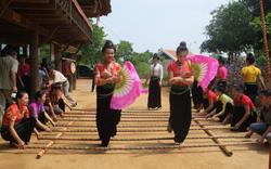 Bảo vệ và phát huy giá trị Nghệ thuật Xòe Thái trong xã hội đương đại: Gìn giữ hồn cốt văn hóa của người Thái