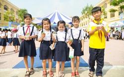 Vinamilk trao tặng hơn 60.000 cây xanh cùng 119.000 ly sữa cho trẻ em Hà Nội