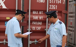 Gần 400 chiếc máy giặt có xuất xứ Trung Quốc được bày bán với mác Việt Nam