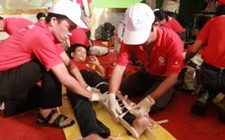 Tình nguyện viên 22 điểm sơ cấp cứu Chữ thập đỏ TP Đà Nẵng thi trình diễn kỹ năng sơ cấp cứu