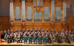 Dàn nhạc Lực lượng Vệ binh Quốc gia Liên bang Nga do Tổng thống Putin trực tiếp điều hành lần đầu tiên biểu diễn tại Việt Nam