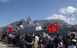 Mục tiêu của Trung Quốc khi lần đầu bắt tay Nga và Nam Phi?