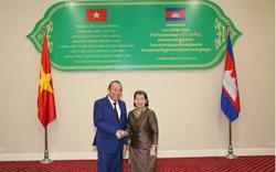 Phó Thủ tướng Thường trực hội đàm với Phó Thủ tướng Campuchia Men Sam An