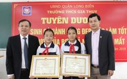 Hà Nội tuyên dương hai học sinh lớp 6 nhặt được 20 triệu đồng trả lại người đánh mất