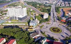 Xây dựng Lào Cai trở thành trọng điểm về phát triển du lịch, dịch vụ
