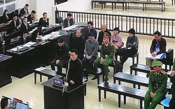 Vụ án AVG: Khóc nức nở trước tòa, bị cáo Hoàng Duy Quang mong muốn được khoan hồng để trở về làm tròn trách nhiệm người chồng, người cha
