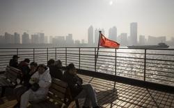 Giữa sóng gió thương chiến, Trung Quốc tính cuộc chấn động lớn