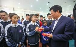 """Bộ trưởng Nguyễn Ngọc Thiện: """"Nếu muốn chiến thắng ở đấu trường lớn trước hết phải có sự tự tin"""""""