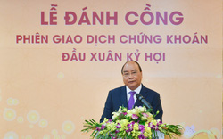Thủ tướng Nguyễn Xuân Phúc khai trương phiên giao dịch chứng khoán đầu xuân
