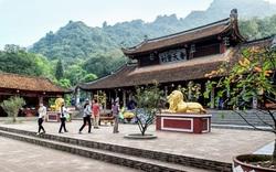 Giáo hội Phật giáo Việt Nam: Các chùa được mở cửa, tạm thời chưa đón khách quốc tế và Việt Kiều
