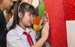 Họa sĩ Nhật triển lãm tranh vì người khiếm thị