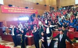 Bộ trưởng Bộ Y tế cùng hàng trăm người tập thể dục giữa giờ khai mạc