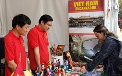 Gian hàng Việt Nam được rất nhiều bạn Mexico yêu thích tại Lễ hội Phương Đông