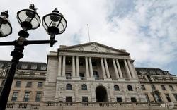 Brexit bất ổn tăng sức ép vào kinh tế Anh