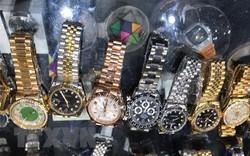 Hải quan xin đấu giá lô 54 đồng hồ nhập lậu trị giá 75 triệu đồng