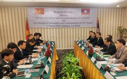 Bưu điện Việt Nam tặng Bưu chính Lào 02 xe ô tô chuyên ngành tải trọng 3,5 tấn