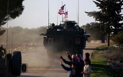 Lập lờ giữa đi và ở, quyết định giữ quân tại Syria của Mỹ vẫn