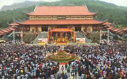 Quảng Ninh lên tiếng vụ Chùa Ba Vàng truyền bá chuyện vong báo oán, thu trăm tỷ mỗi năm