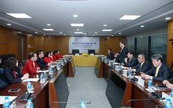 Tổng công ty Bưu điện Việt Nam và Trung ương Hội Chữ Thập đỏ Việt Nam ký thỏa thuận hợp tác