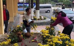 Dân Lạng Sơn đánh cả xe tải đến ga Đồng Đăng 'hôi' hoa