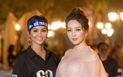 Á hậu Thụy Vân tiết lộ cách ứng xử của H'Hen Niê khi được phỏng vấn khiến nhiều người bất ngờ