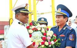 Tàu lực lượng bảo vệ bờ biển Ấn Độ tới Đà Nẵng