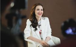 Hoa hậu có nụ cười say đắm lòng người vướng tin đồn ly hôn, yêu đồng giới
