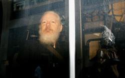 Số phận nhà sáng lập WikiLeaks trước