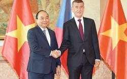 Thủ tướng Cộng hòa Czech chủ trì lễ đón chính thức Thủ tướng Nguyễn Xuân Phúc