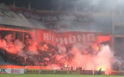 Hà Nội FC nhận án phạt kịch khung vì pháo sáng