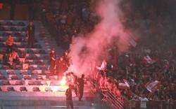 Tổng cục TDTT yêu cầu Liên đoàn bóng đá Việt Nam chấn chỉnh tình trạng đốt pháo sáng