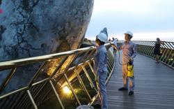 Khu du lịch Bà Nà Hills nhanh chóng khắc phục sự cố du khách vẽ bậy ở Cầu Vàng