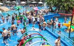 Hơn 20.000 lượt khách đến với khu du lịch Núi Thần Tài