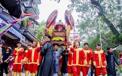 Khôi phục trang phục tế lễ truyền thống tại lễ hội chùa Thầy 2019