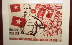 Xúc động với hàng trăm bức chân dung Chủ tịch Hồ Chí Minh qua tranh cổ động